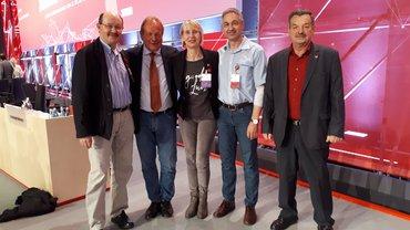Gruppenbild auf dem ver.di Bundeskongress 2019: Ralf Barthel, Frank Bsirske, Daniela Suttner, Stefan Markl, Josef Hergenröder.